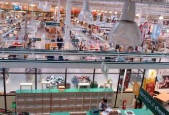 Buena medida: Supermercados planean cambiar y cobrar las bolsas que entreguen