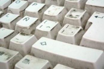 Cuida tu salud desde las teclas: hay más gérmenes en tu teclado que en el WC