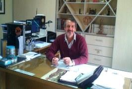 """José Visintín presenta su libro """"Reflexiones con filosofía sencilla"""""""