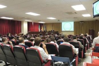 España: Los expertos en salud laboral analizan el estrés tecnológico