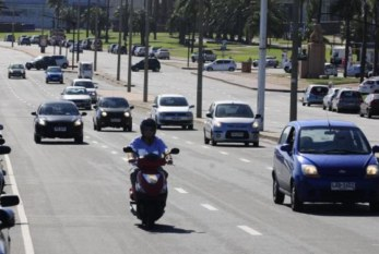 Uruguay: Obligan a repartidores con moto a capacitarse para reducir accidentes