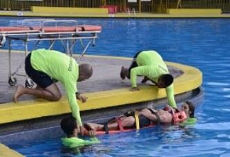 La ACHS junto a la Municipalidad de Santiago lanzan programa de prevención de accidentes en piscinas