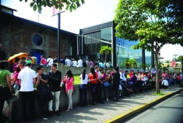 Costa Rica: Reducción de la jornada laboral y prohibición de los despidos: una salida desde la clase trabajadora