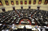 El Gobierno no descarta transformar en ley el mega decreto de Macri