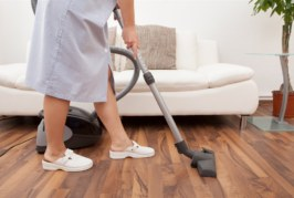 Empleo doméstico: qué efectos produce declararlo y cuánto se puede aliviar el impuesto a las Ganancias