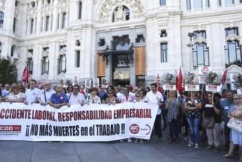 España: Los sindicatos encandenan protestas por el alza de la siniestralidad laboral