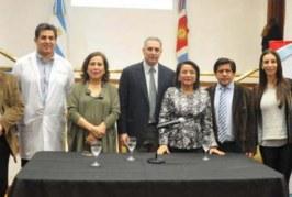 Argentina: Firman convenio para proteger la salud y derechos de trabajadores rurales