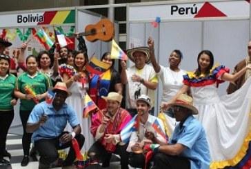 ACHS participa en Feria de la Cultura de CorreosChile