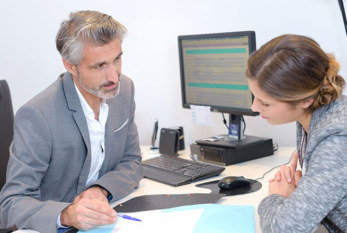 Pacientes y reumatólogos reivindican diálogo para tratar artritis reumatoide